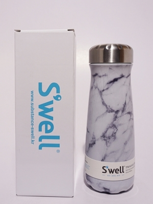 Swell Bottle 20oz Traveler Collection - White Marble