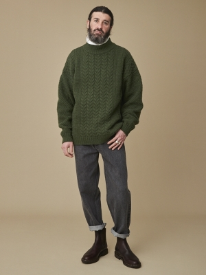 Yashiki Seijaku High Neck Knit - Moss Green